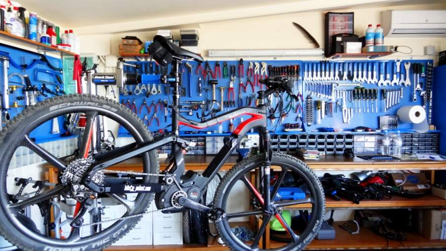 Contamos con un taller bicicletas Valencia