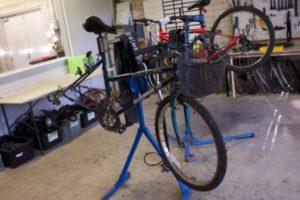 Disponemos de taller bicicletas Valencia profesional